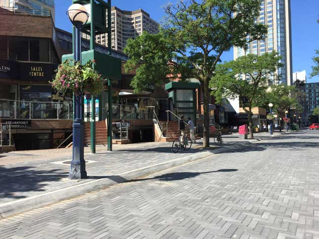 yorkville-avenue-pic-august-2015-newsletter