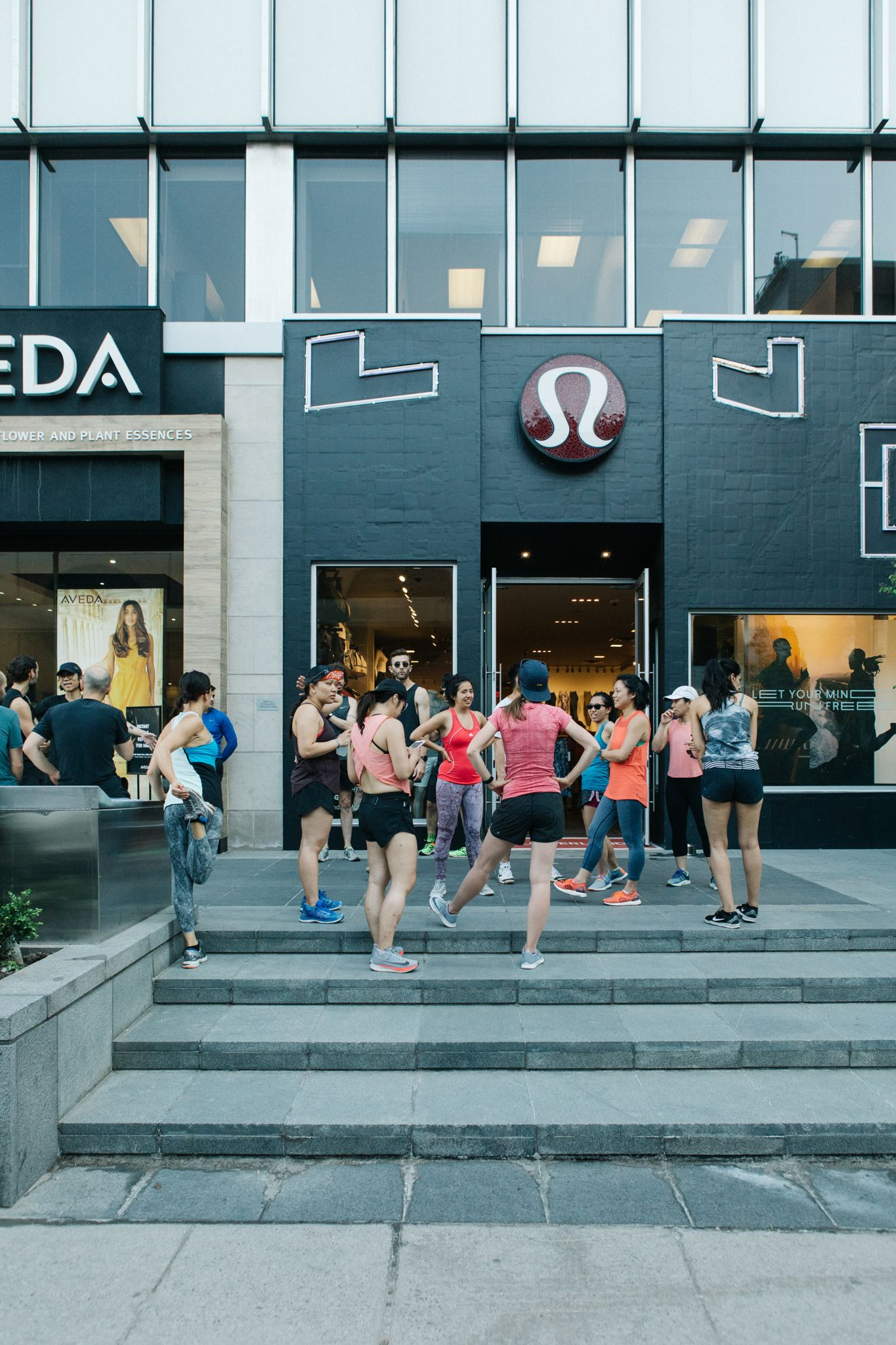 lululemon celebrates global run day